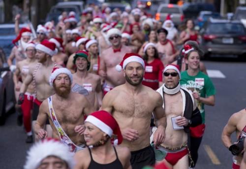 naked santa run